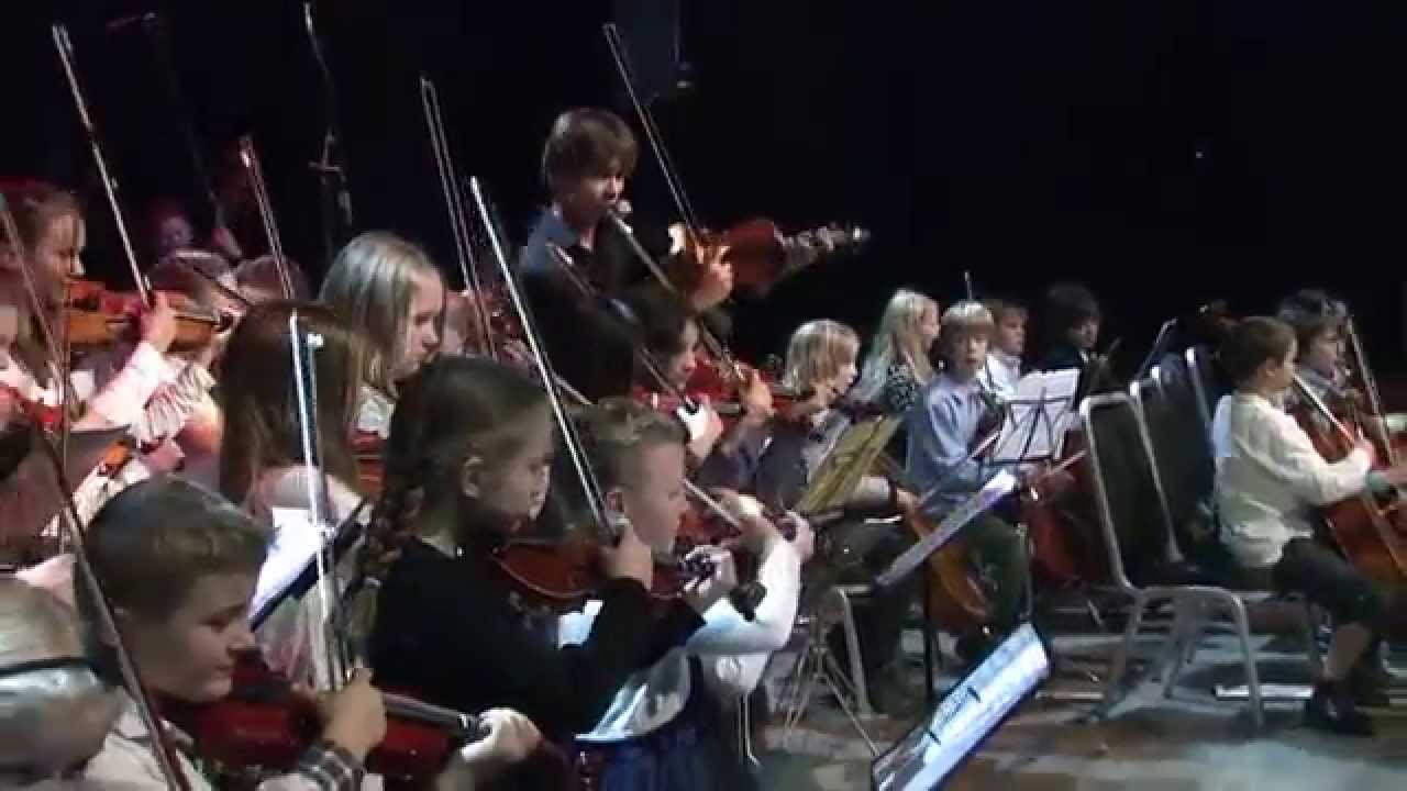 """New video: Alexander Rybak & Ung Symphony – """"Roll With The Wind"""""""