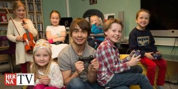 Alexander Rybak feels children deserve joy! Gave away his home-cinema.