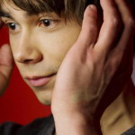 Dagbladet.no : Alexander Rybak debuts as an author with outcast troll and magical fiddle