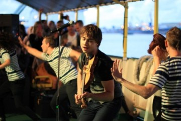"""Lithuania: """"The Musical Ferry"""" hosted Alexander Rybak and Sasha Song"""