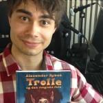 """Release: """"Trolle og den magiske fela"""" – Alexander Rybak debuts as an author!"""