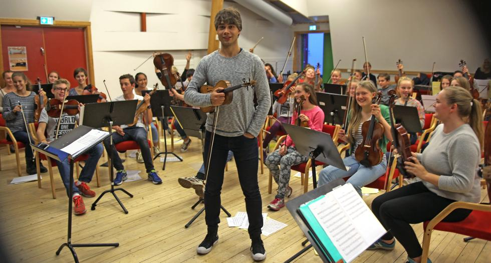 Budstikka.no : Concert with Rybak in Asker today