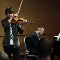 alexander-rybak-barratt-due