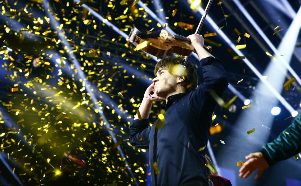 TV2.no: Alexander Rybak won the Melodi Grand Prix – was overwhelmed by emotions